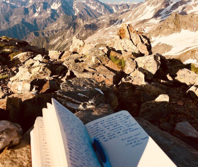 Écrire un roman au sommet des montagnes…